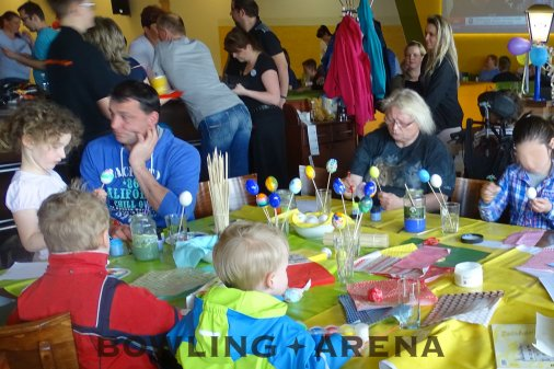 Großes Kinderfest in der BOWLING-ARENA
